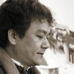 Ho-Baek Lee